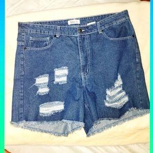 Between Us Jean shorts 16 blue denim cotton 5 pockets